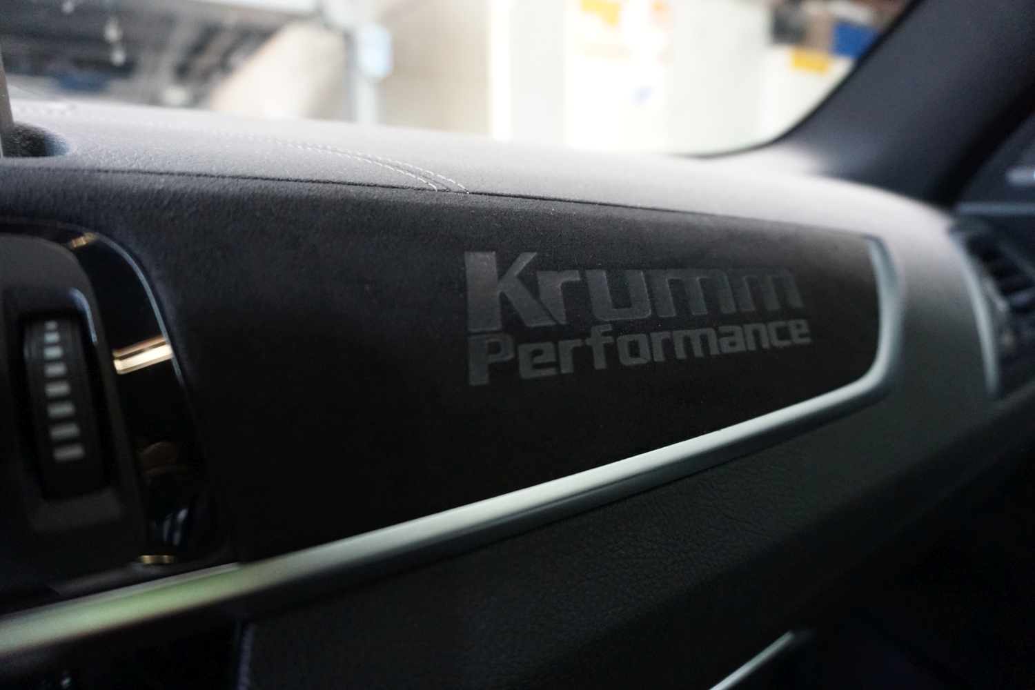 Krumm-Performance Alcantara Interieur Upgrade BMW